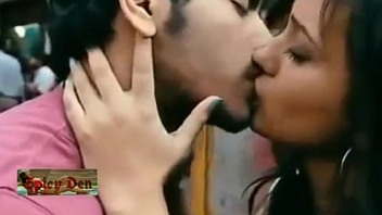 Hottest Lip Lock Kiss ever... Don'_t Miss