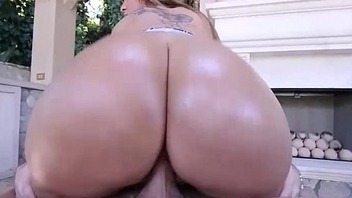 Klaras Ass Is Gold - Pawg Teen Klara Gold