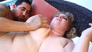 Busty Blonde BBW Veronica Vaughn