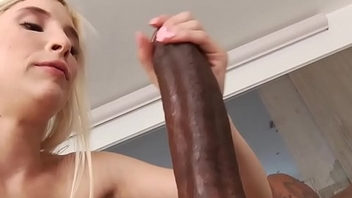 Petite interacial slender beauty pussydrilled