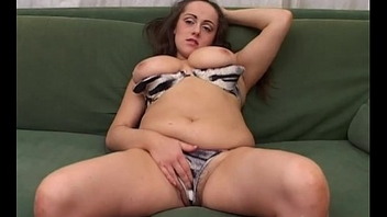 Amateur girl with big tits jerks off say no to pussy