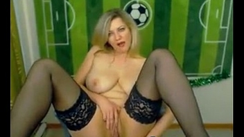 Blondy hot MOM chit chat in webcam -cutycam.com