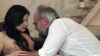 Teenager babe screwed by classy grandpa