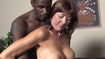 Son witness to whatever manner mom Desi Foxx takes two BBCs