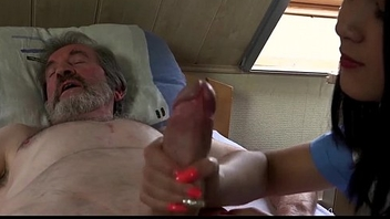 Teen nurse Lady Dee fuck hallucinogenic of sick old patient