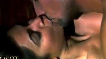 Top 10 Bollywood Smooches Hot Kissing Chapter Ever Seen