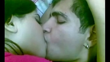 Pakistani girl kissing her bf in tourist house